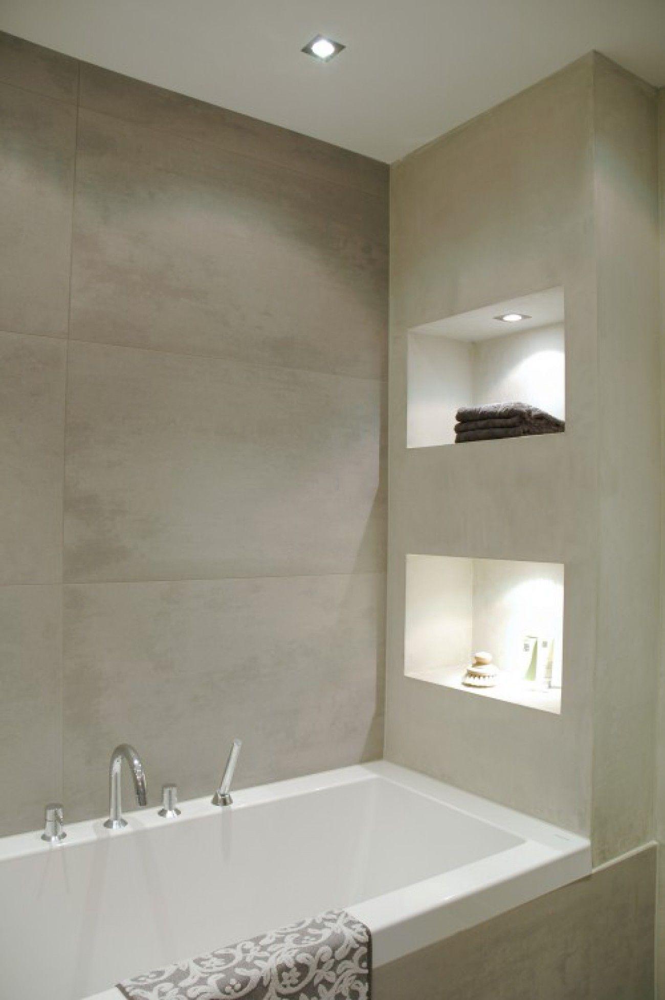 mooie tegels voor in de badkamer nis in wit lichte kleur tegel of
