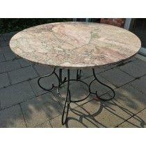 Runder Gartentisch Mit Antiker Marmorplatte Auf Klassische