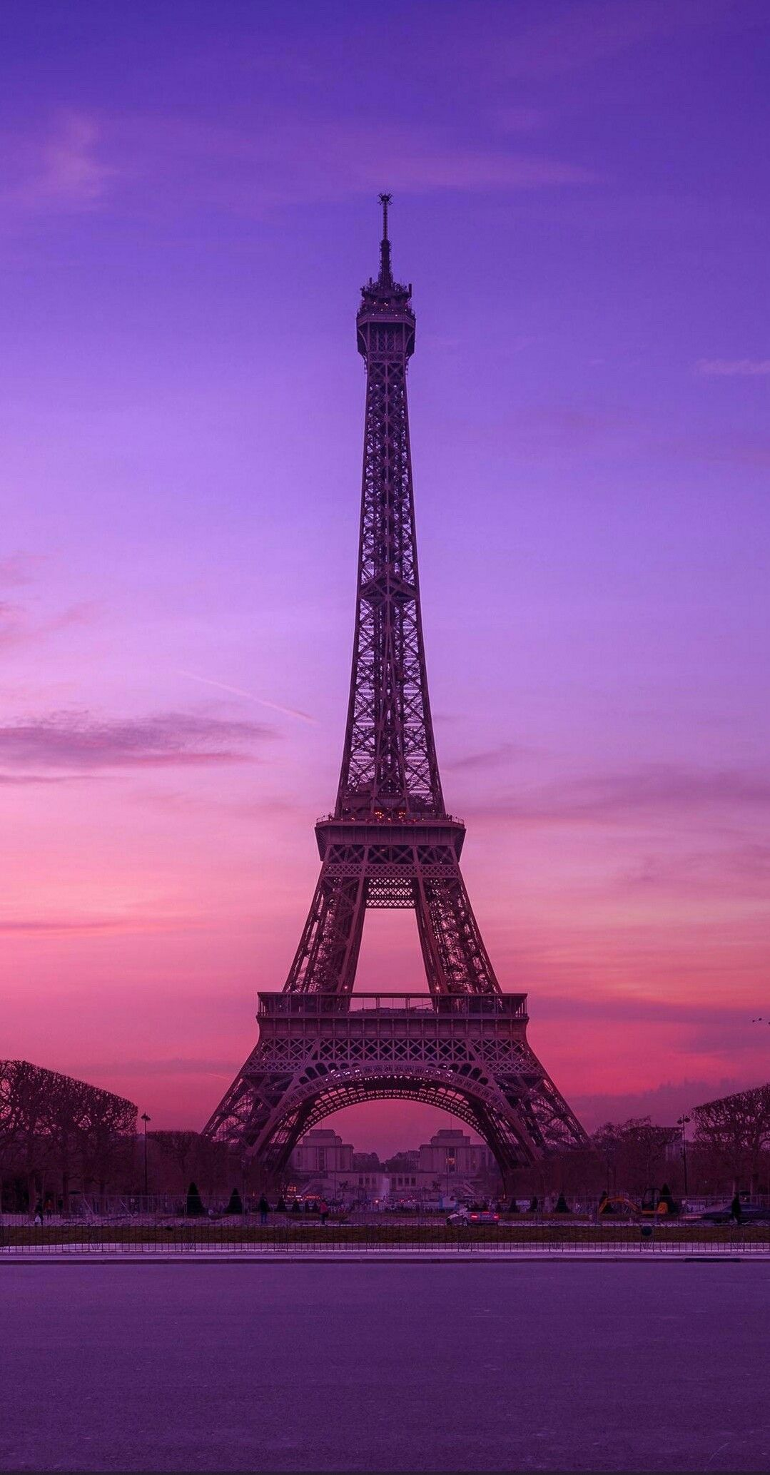 Paris wallpaper image by Lina Mustafa on Wallpaper