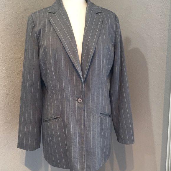 Tribeca Studio Blazer Jacket Gray w Pinstripes  65% polyester and 35% rayon Tribeca Jackets & Coats Blazers