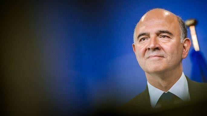 Assurance-vie : Moscovici détaille son projet de réforme un conseil, placez vite votre argent à l'étranger - taux de 10 % à 18 % ET BIEN SUR NON TAXE... PENSEZ Y - de nombreux Francais sont en train de passer le cap......