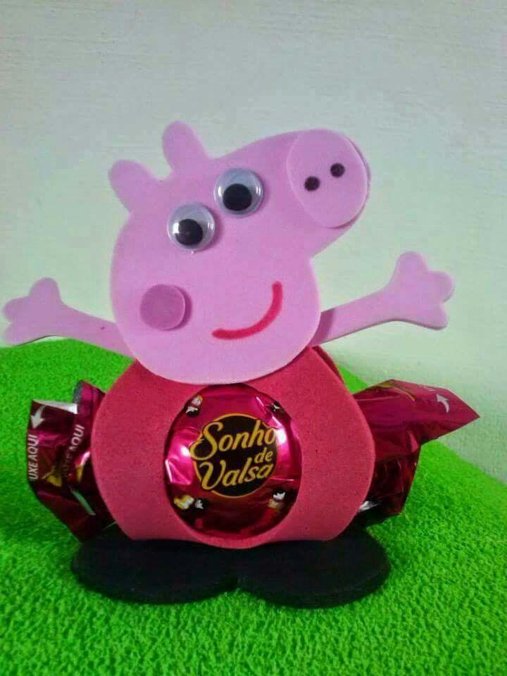 c45f0c7c8 Bombonera Peppa Pig | PEPA PIG | Piñata peppa, Goma eva, Dulces para ...