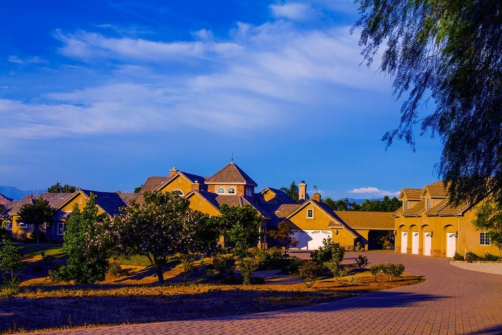 Hidden Vineyard Estate Houses for Rent in Temecula