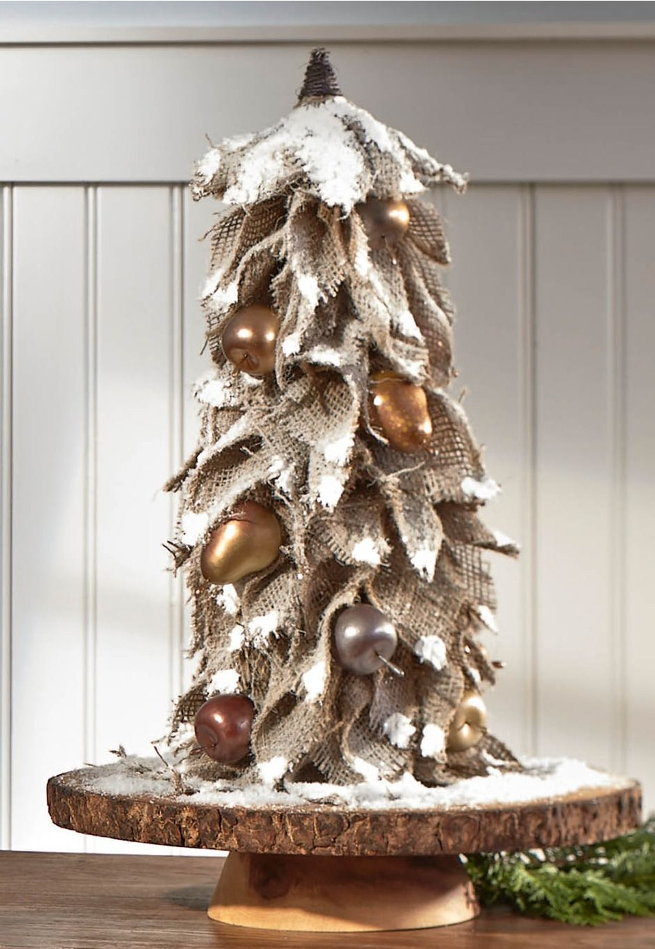 PIN FOR LATER - DIY burlap Christmas tree with metallic ...
