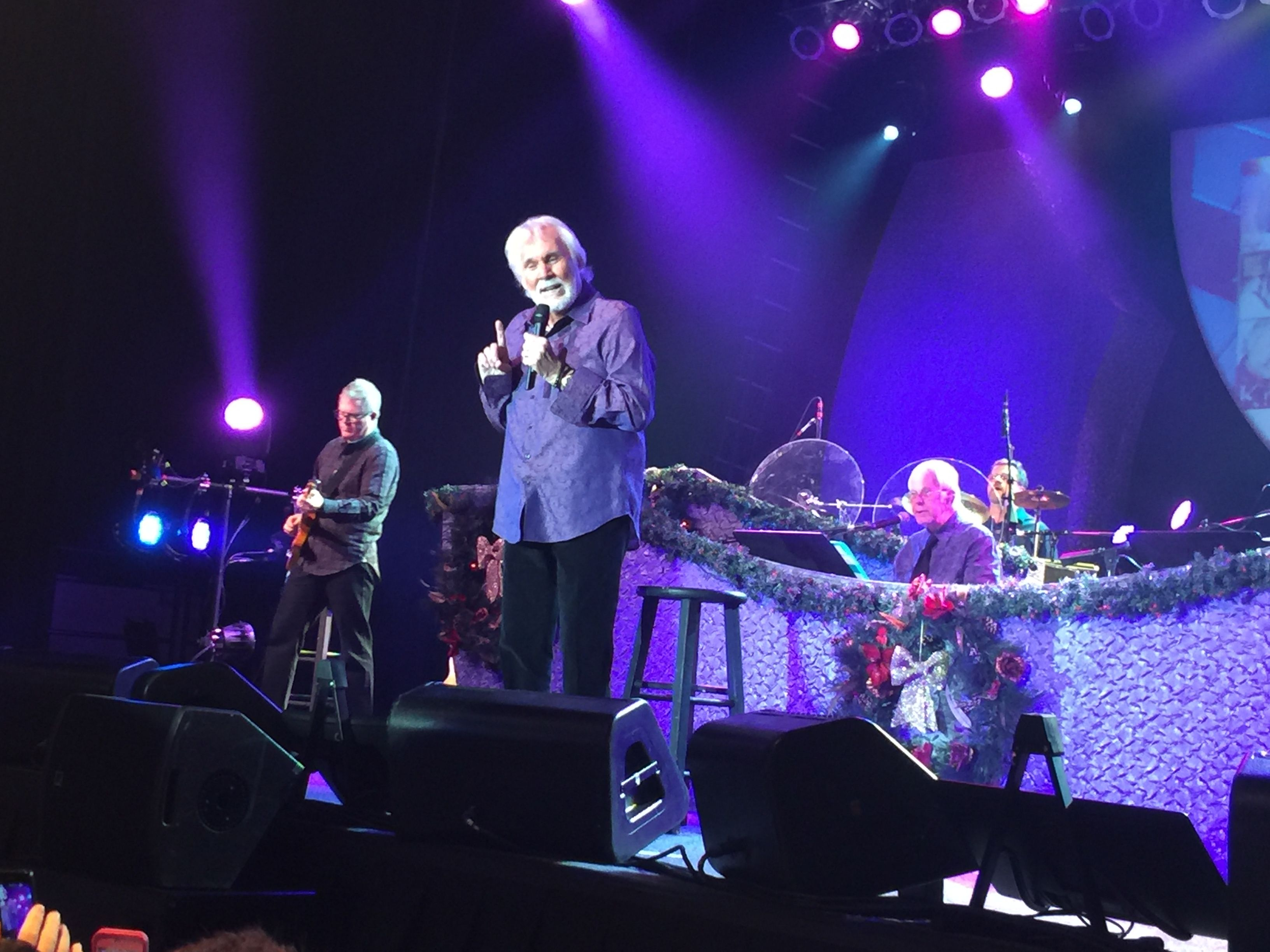 Kenny Rogers: Once Again It\'s Christmas - November 27, 2015 - Hard ...