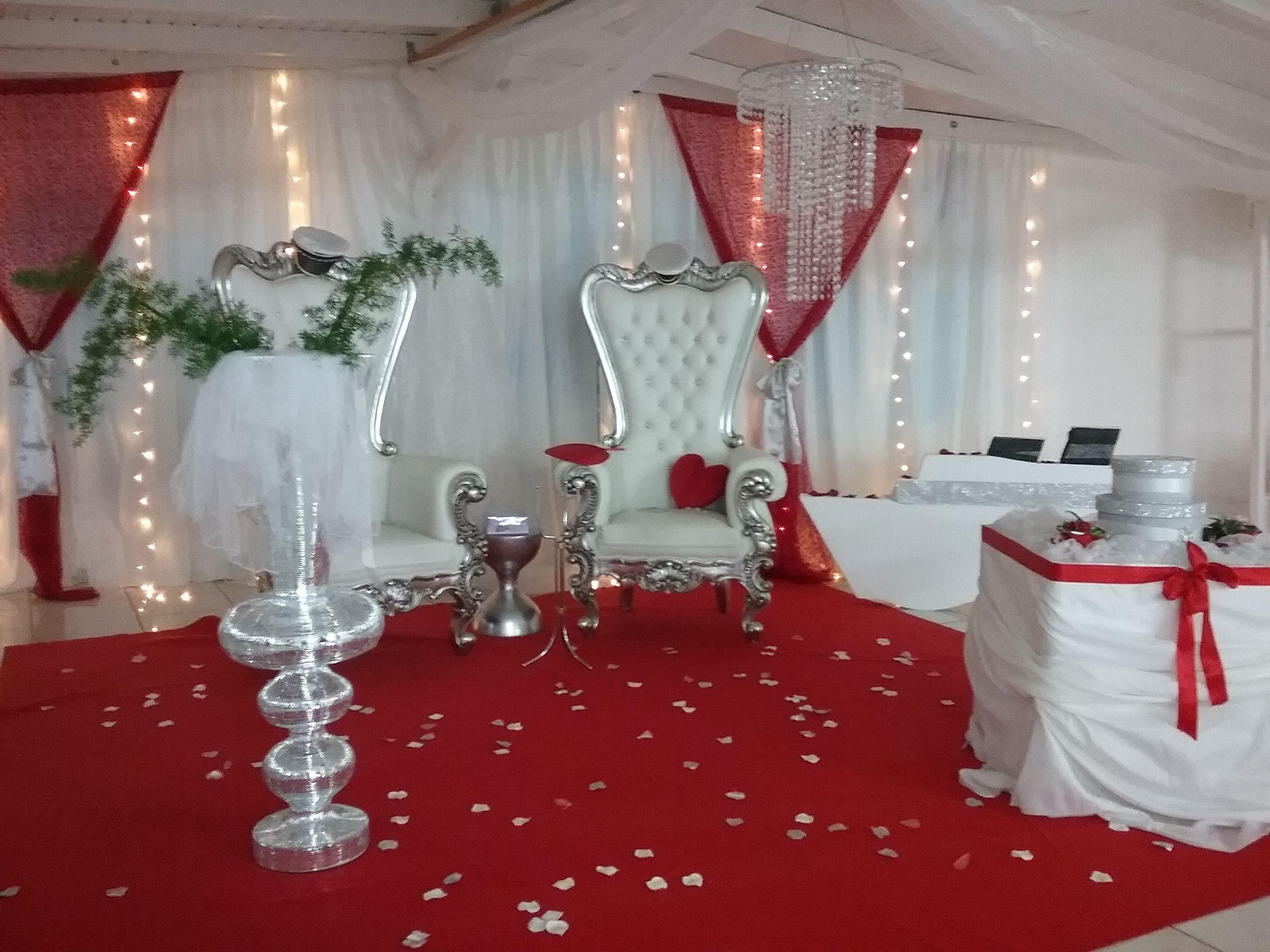 Décoration De Mariage Décoration De Salle Mariage En Blanc Rouge