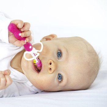A Qué Edad Hay Que Empezar A Lavarle Los Dientes Dientes De Bebe Pañales Bebe Como Lavarse Los Dientes