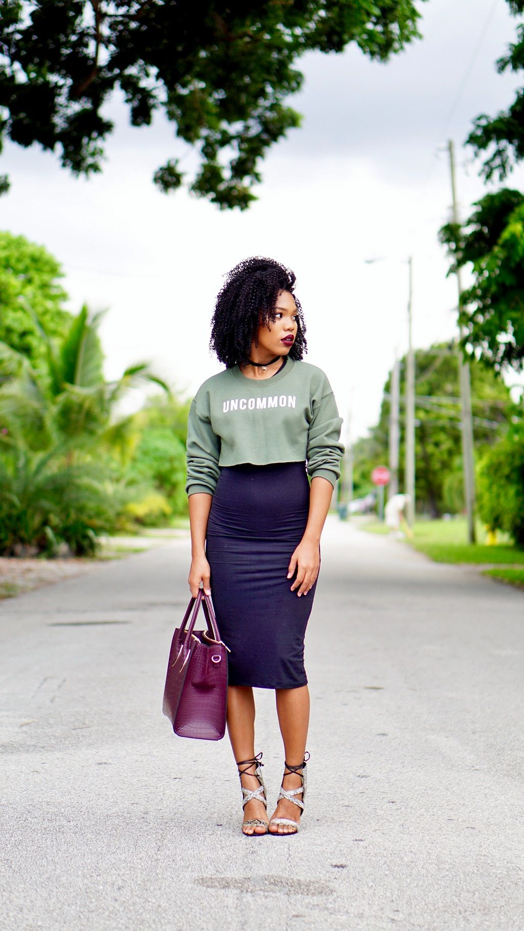 Olive Cropped Sweater Fall Inspired Outfit Midi Bodycon Dress Natashaleeds Stylishlee 9to5chic Outfits Team Fashion Olive Sweater [ 1819 x 1024 Pixel ]
