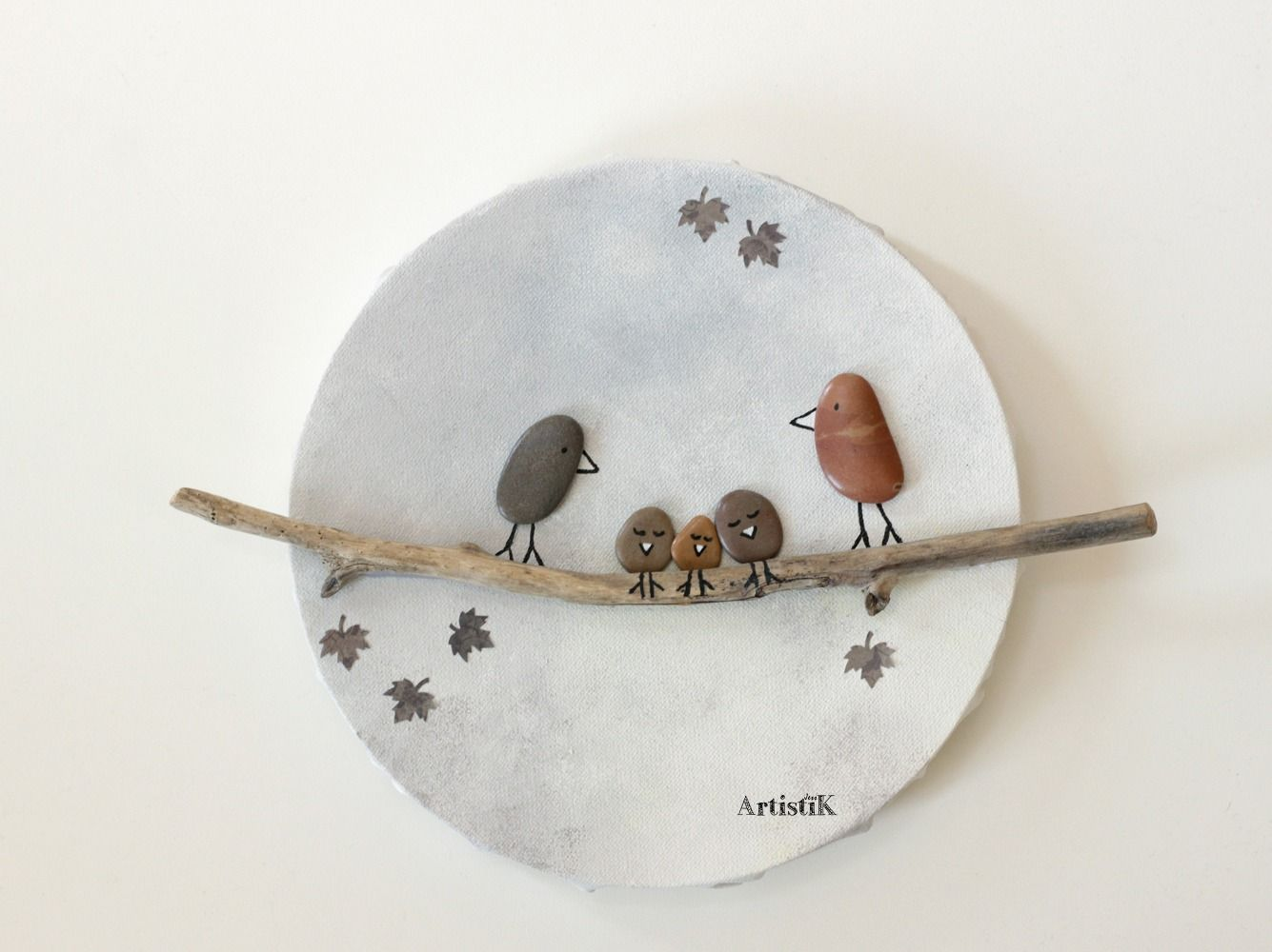 Faire Un Tableau Avec Des Galets tableau rond – tableau blanc gris bois flotté galets oiseaux