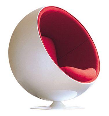 Globe Chair, 1963   Eero Aarnio (POP) Fibra De Vidro #eeroaanio #futurismo  #fibradevidro #cadeira #pop #moderno