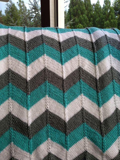 Ravelry: Chevron Baby Blanket and Chevron Throw pattern by ...
