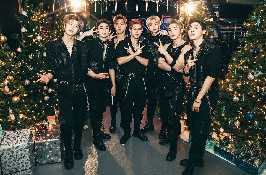 Exclusive Backstage Photos From Iheartradio Jingle Ball Nyc Shawn Mendes Camila Cabello More Monsta X Monsta X Wonho Shawn Mendes