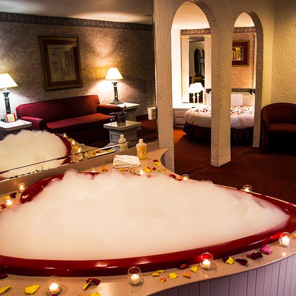 Plan A Romantic Valentine S Day Getaway At Pocono Palace Resort Poconomtns Valentine Getaways Poconos Resort