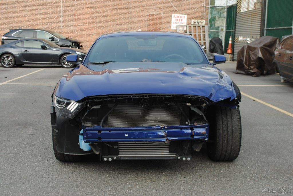 Light front damage 2016 Ford Mustang Fastback GT repairable ...