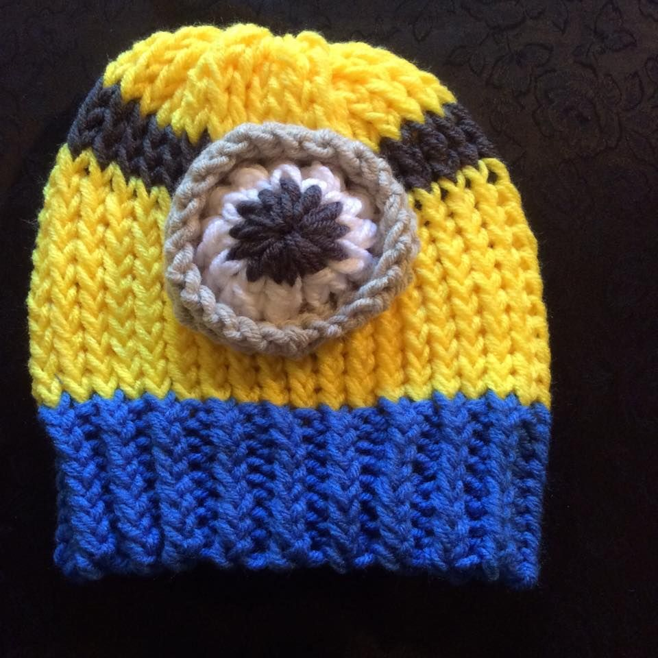 Gorro minion / Minion hat tejido en telar por Tunie C
