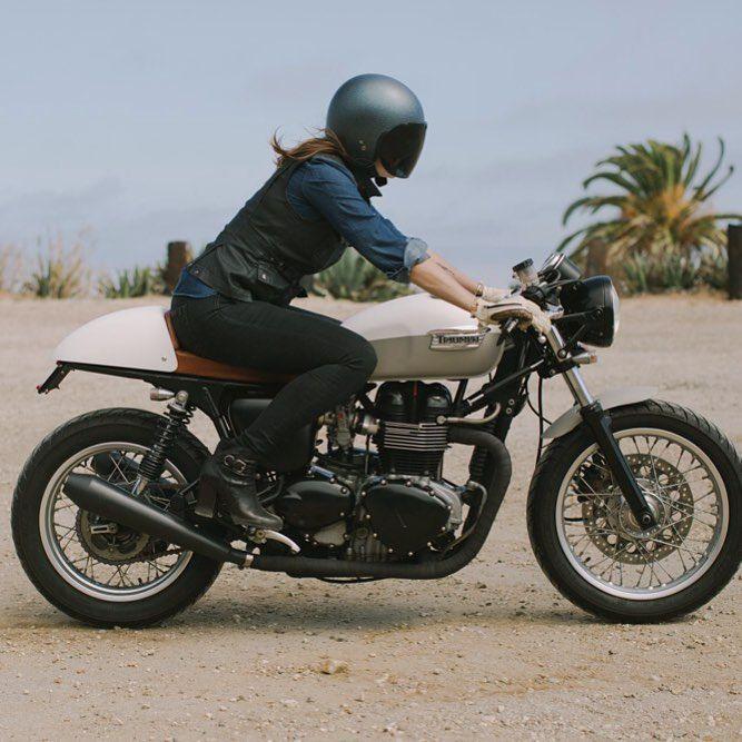 invenusveritas's photo #bikergirl #caferacergirl   caferacerpasion.com