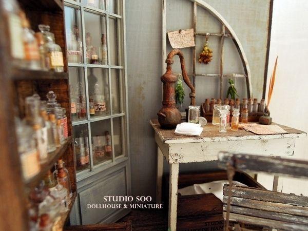 perfumer workroom - studio Soo