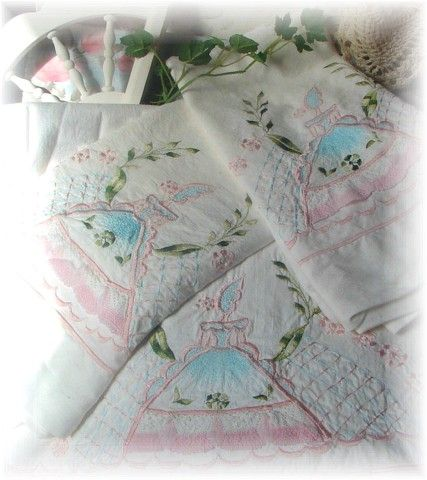 Vintage Southern Belle Bed Sheet & Pillow cases.  What a sweet set for a little girls room.