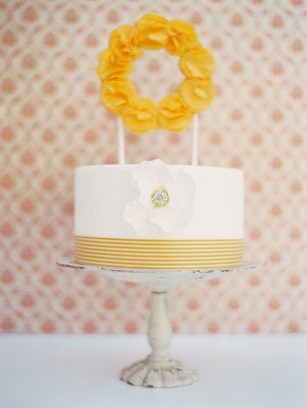 peach wedding cake