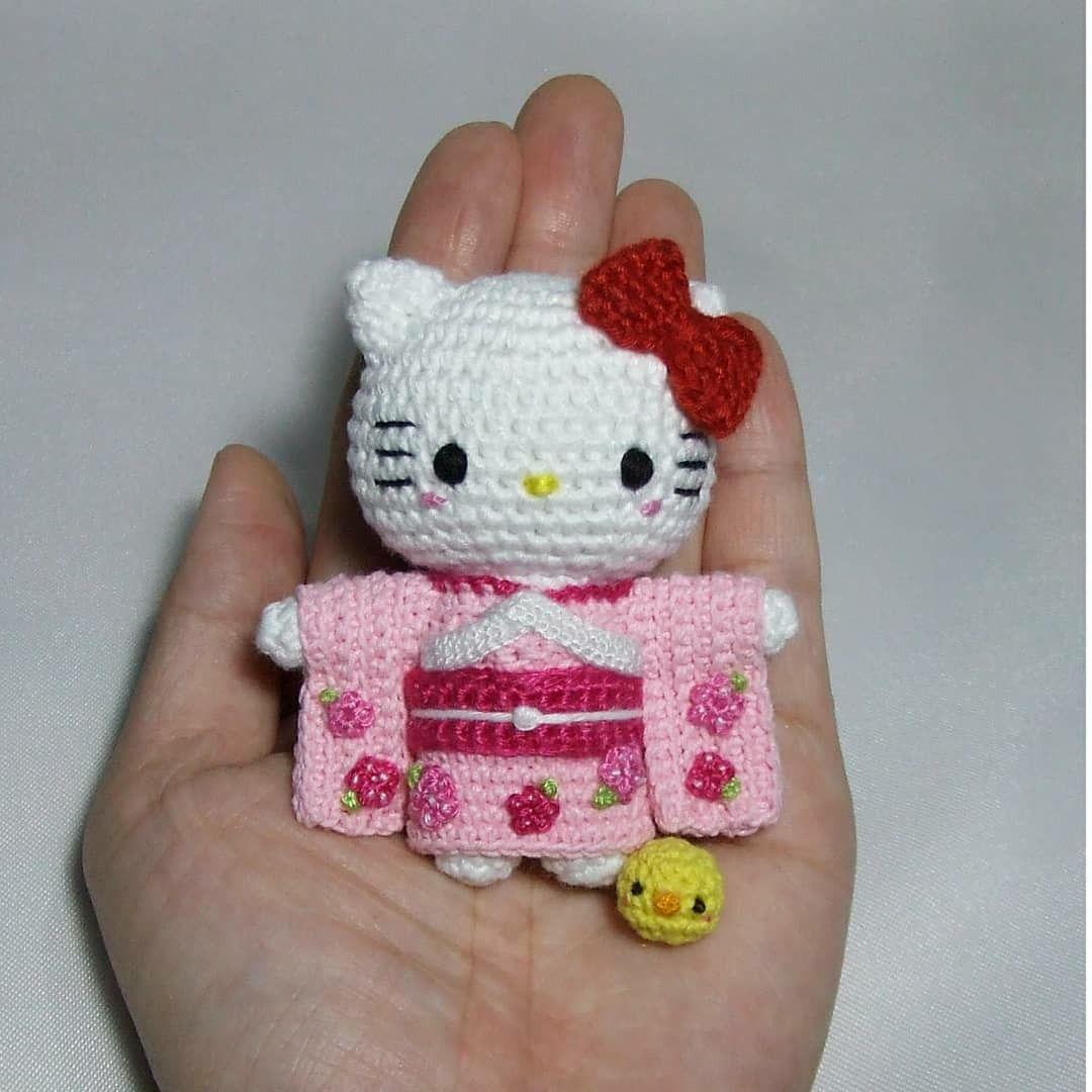 Want to review Hello Kitty Crochet? – amiguruMEI | 1080x1080