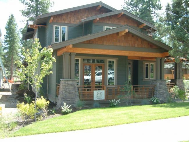 Custom Home Plan No: C44-2701 | Modern bungalow house ...