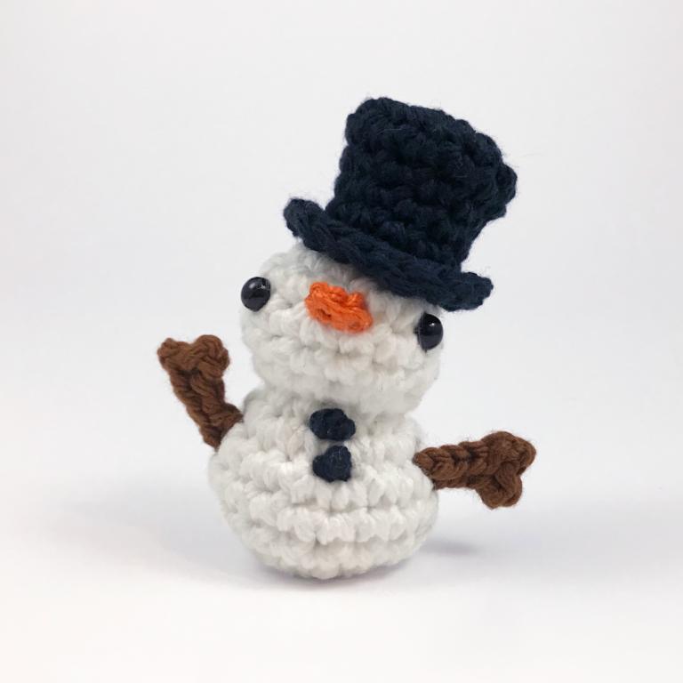 muñeco de nieve muñeco de peluche amigurumi por club crochet ...