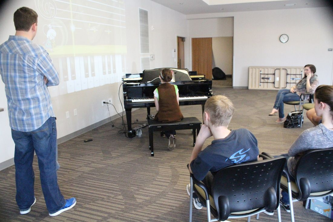 Master Class - The Love Family Piano Studio Students competed in a March Madness bracket playing Dust Buster (sight reading/rhythm) by JoyTunes at our monthly master class.