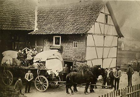 Brautwagen in Hattenbach, 1902