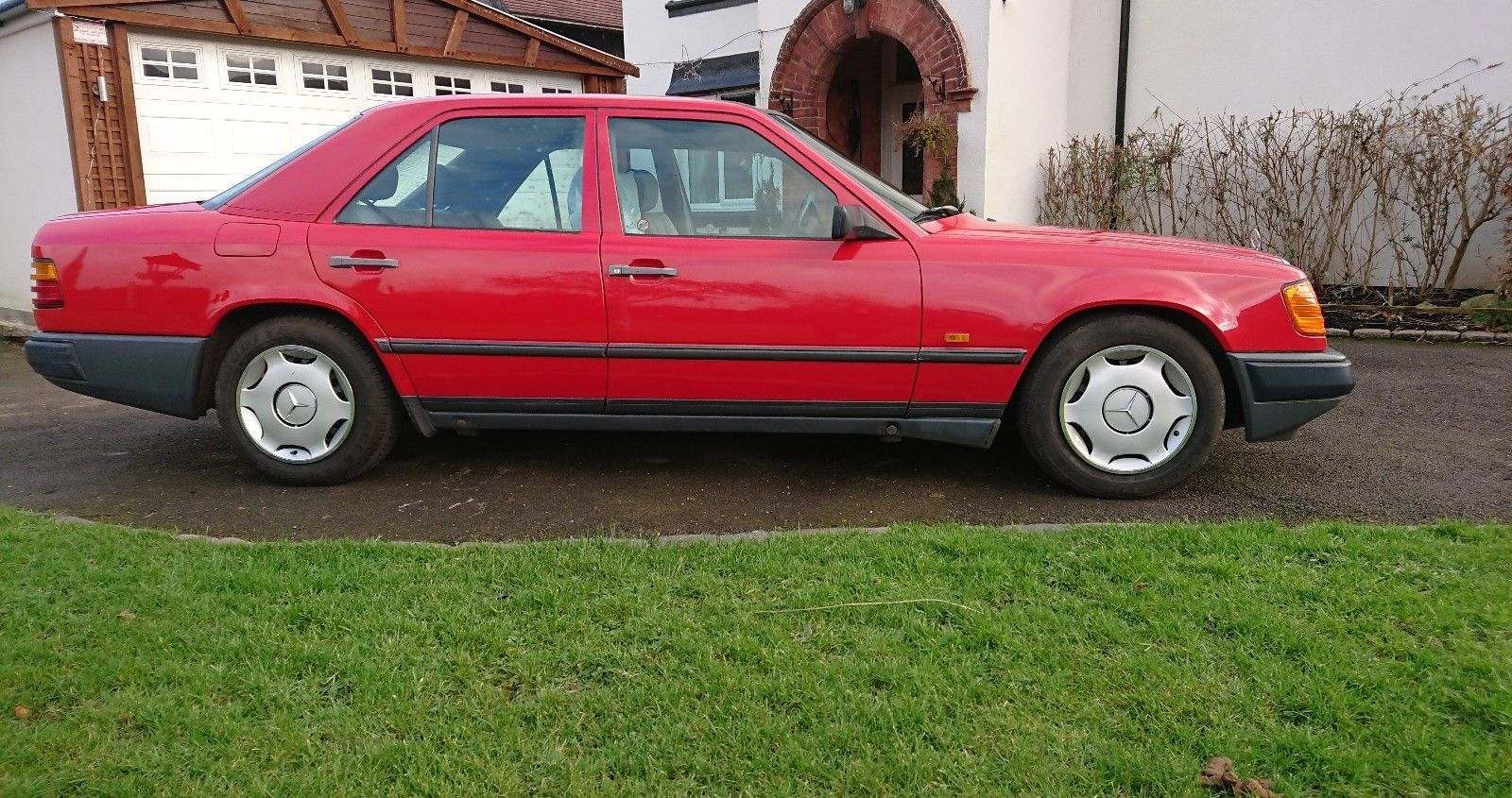 eBay: Mercedes Benz W124 E200 46 Thousand Miles from new ...