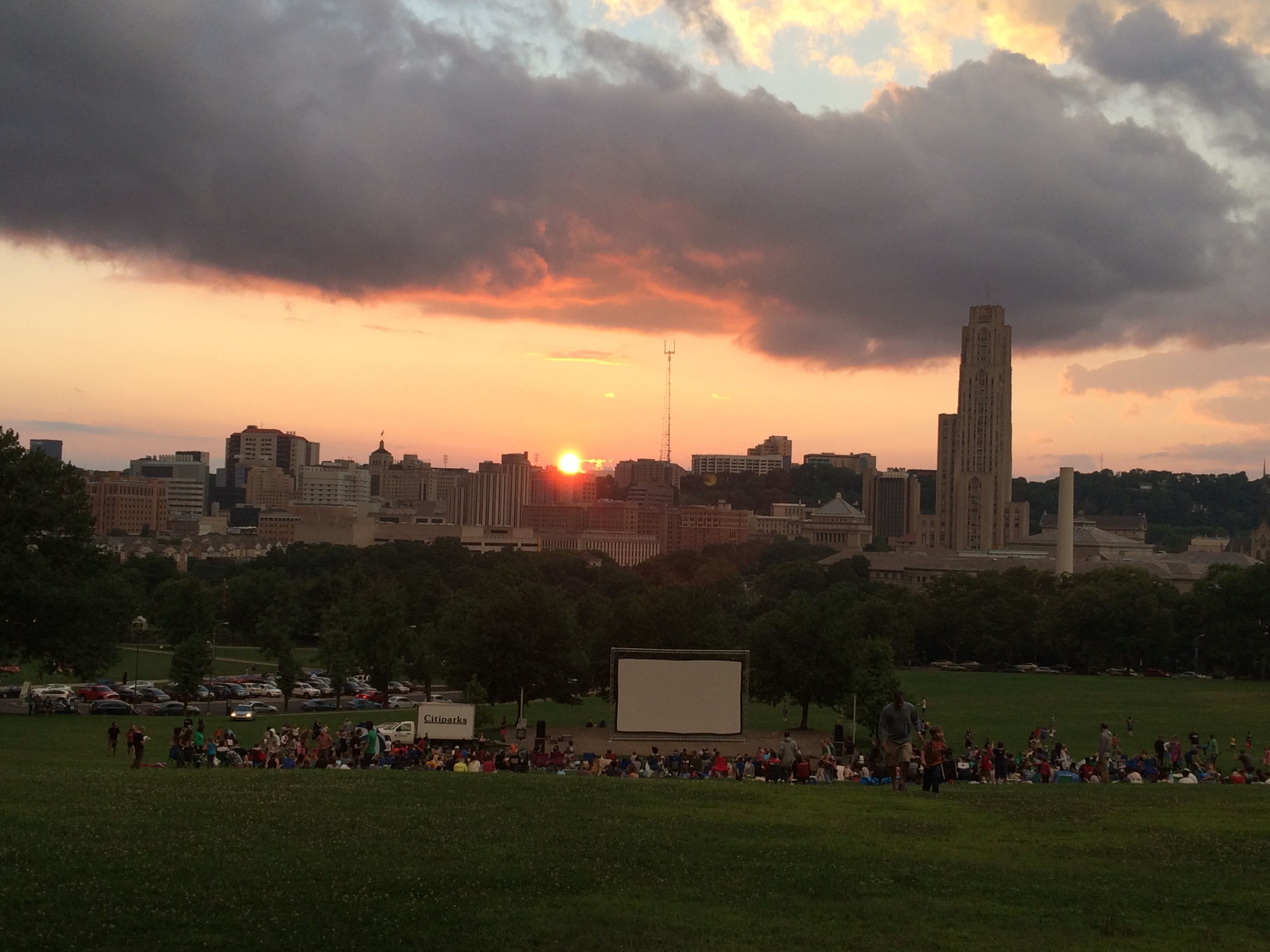 Giant Pillow Fight in Schenley Park! & Frozen Movie