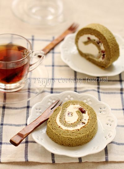 Matcha and azuki bean roll cake Recipe  Recipe adapted from ふんわりロールケーキ