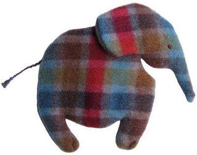 Fabrik der Träume: Kostenloses Schnittmuster Kuscheldecke Elefant ...