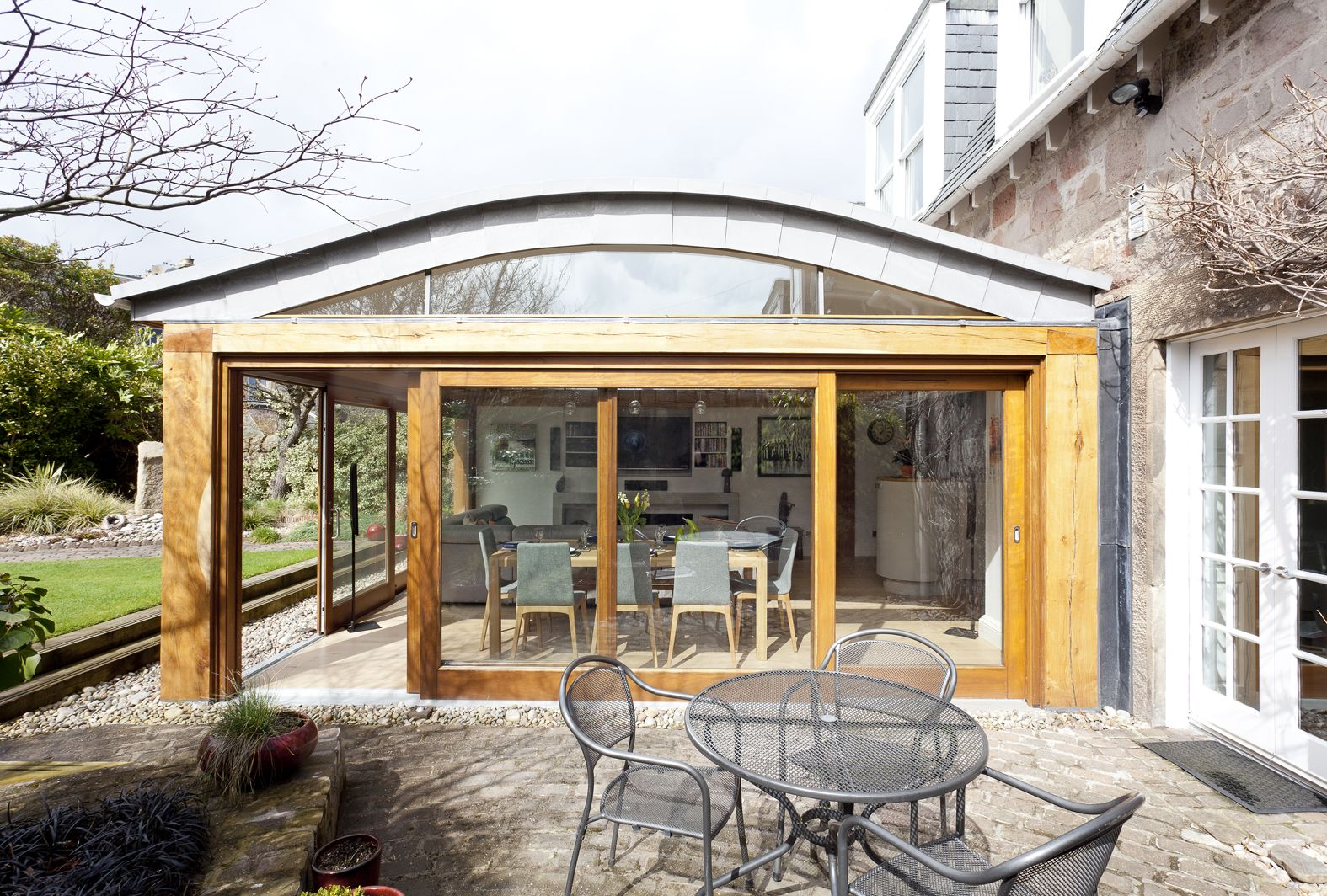 Innovative Roof Design An Oak And Glass Kitchen Extension