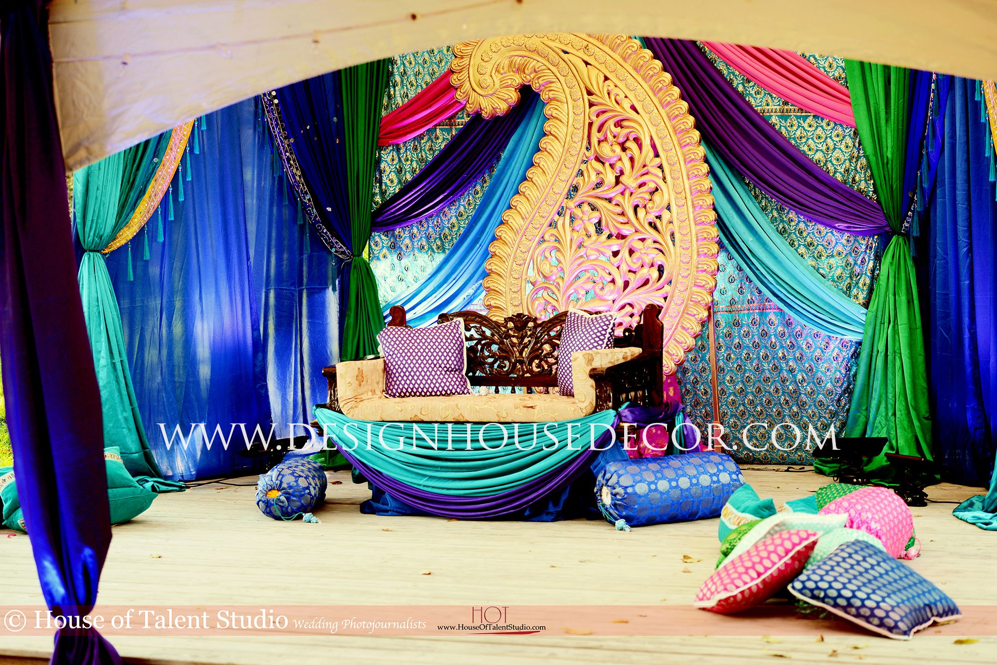 Peacock themed indian wedding peacock themed mehndi for Marriage theme decoration