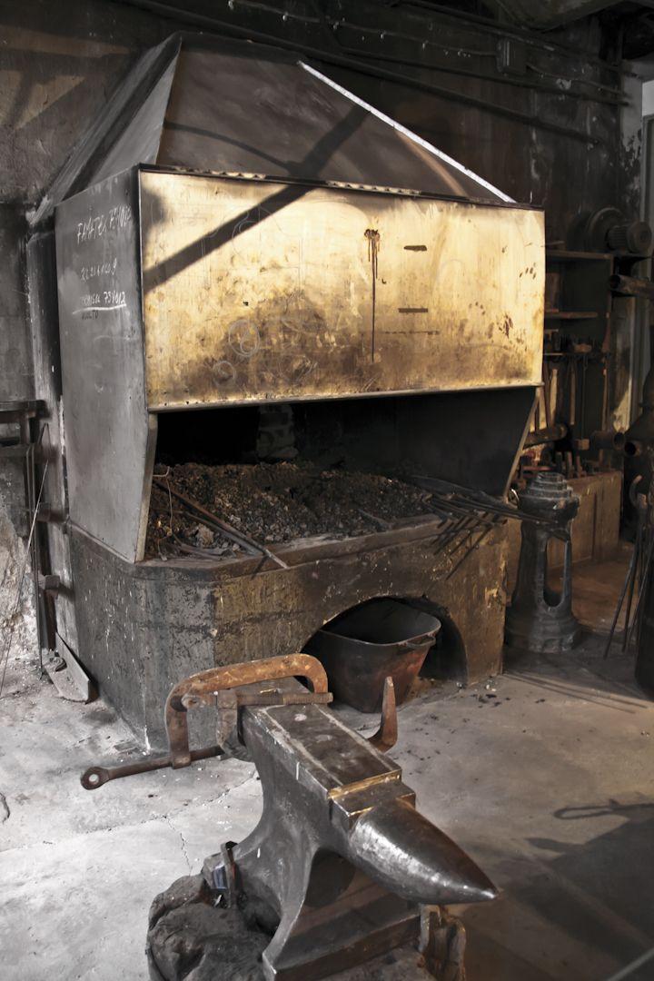 Forge Of A Great Craft Blacksmith Forge Blacksmithing