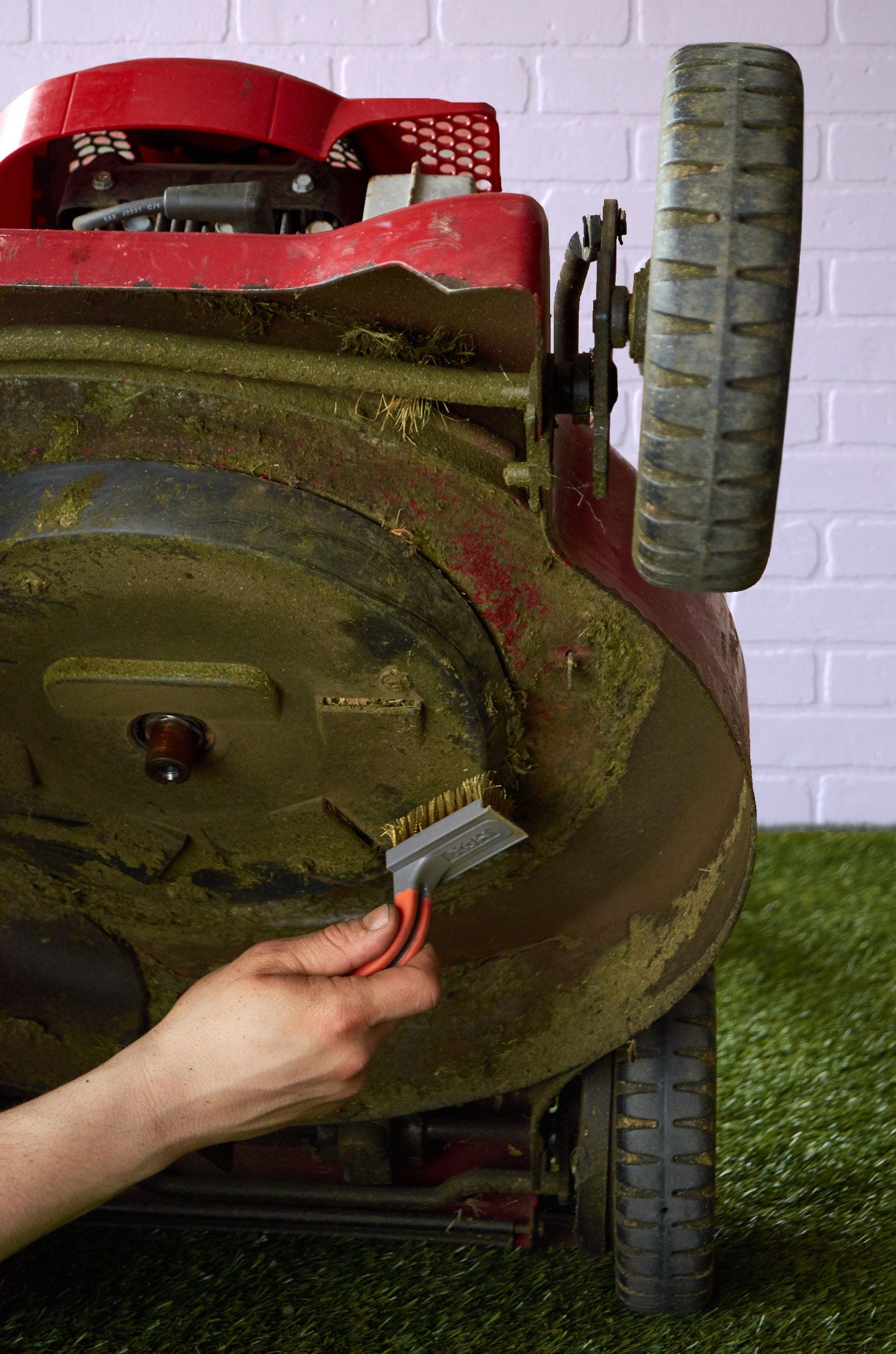 This is How You Should Tune Up Your Lawnmower for Spring is part of Modern lawn Grass - Lawn mower maintenance is easy and well worth the effort  Nothing's more annoying than going out to mow the lawn and coming back in with a thrown out back and lawn mower that doesn't start  Some simple yearly maintenance should solve all those problems
