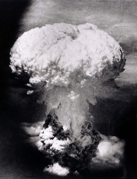 Description of  Aug. 9, 1945: A massive column of billowing smoke, thousands of feet high, mushrooms over the city of Nagasaki, Japan, after an atomic bomb was dropped by the United States. A B-29 plane delivered the blast killing approximately 70,000 people, with thousands dying later of radiation effects. The attack came three days after the U.S. dropped the world's first atomic bomb on the Japanese city of Hiroshima. The attacks brought about Japan's unconditional surrender. (AP ...
