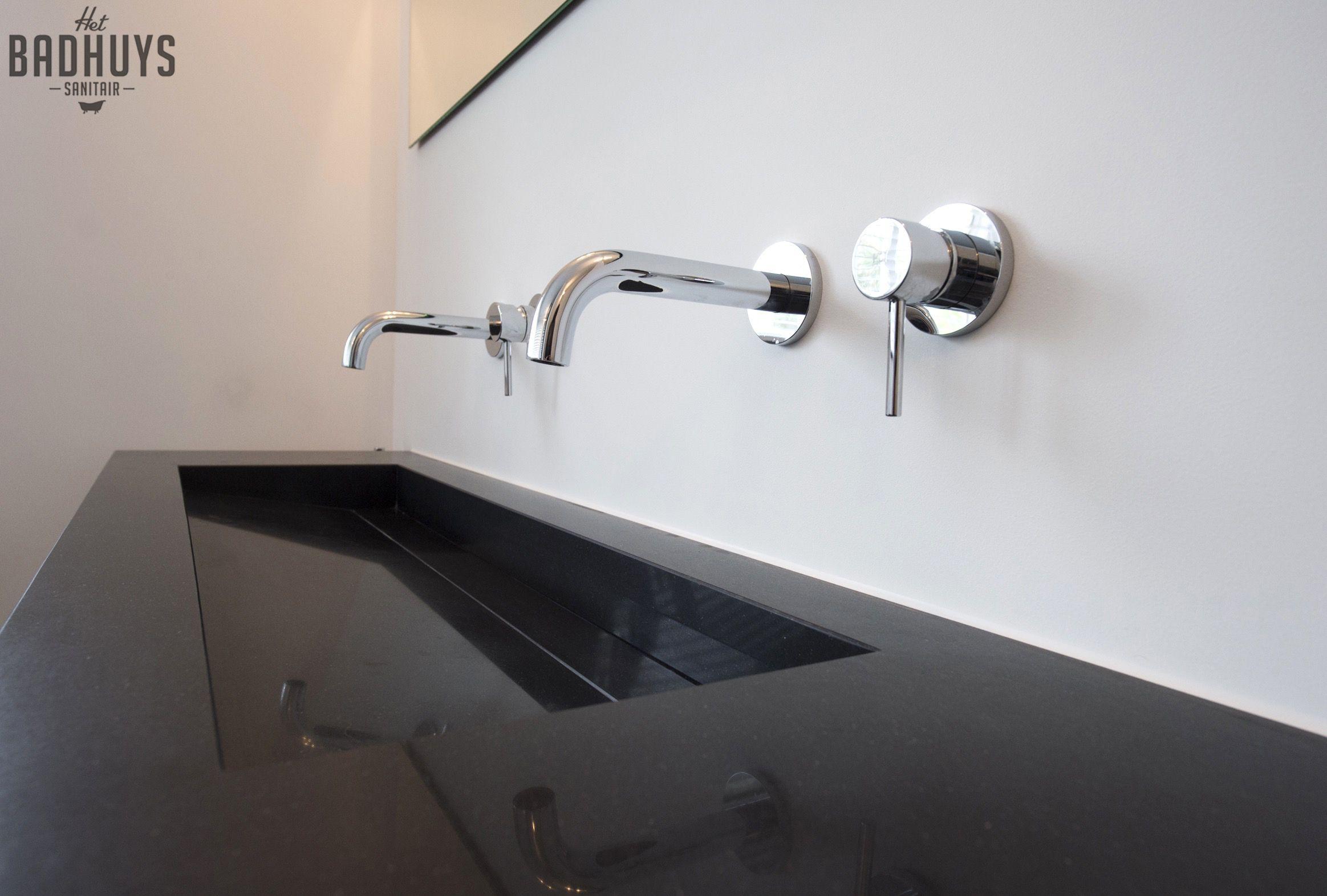 Strakke zwarte wastafel het badhuys breda badkamer pinterest