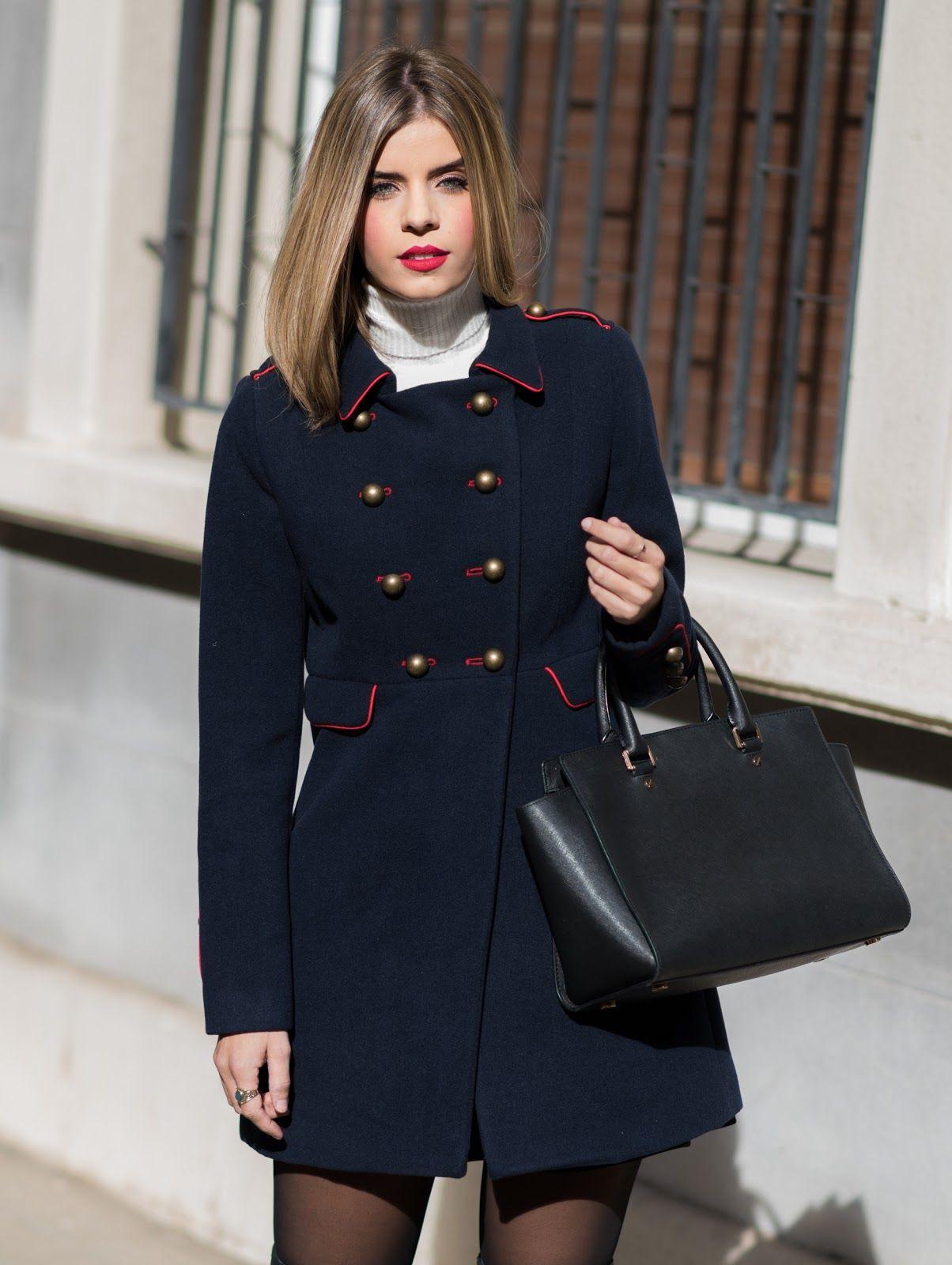 6691f726 Abrigo de mujer Tintoretto azul marino de estilo militar | Alba ...