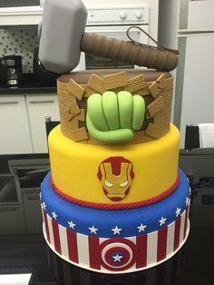 Resultado de imagen para torta avengers hulk