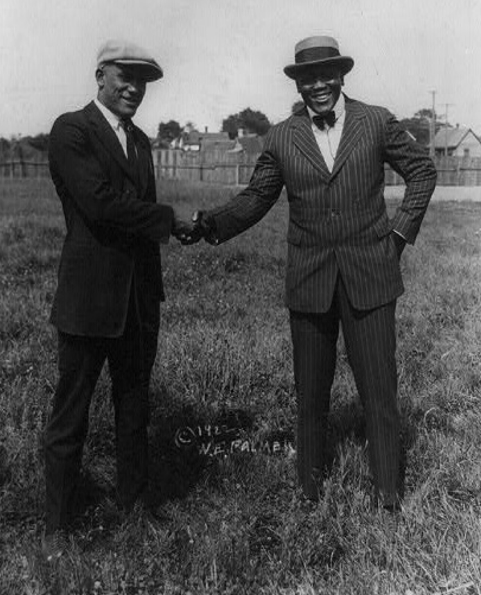 David Curcio on Twitter | 1920s mens fashion, 1920s men, Jack johnson