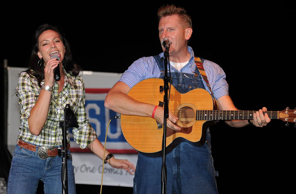 Lyric rory lyrics : Joey + Rory (2010) | Classic Country Stars! | Pinterest