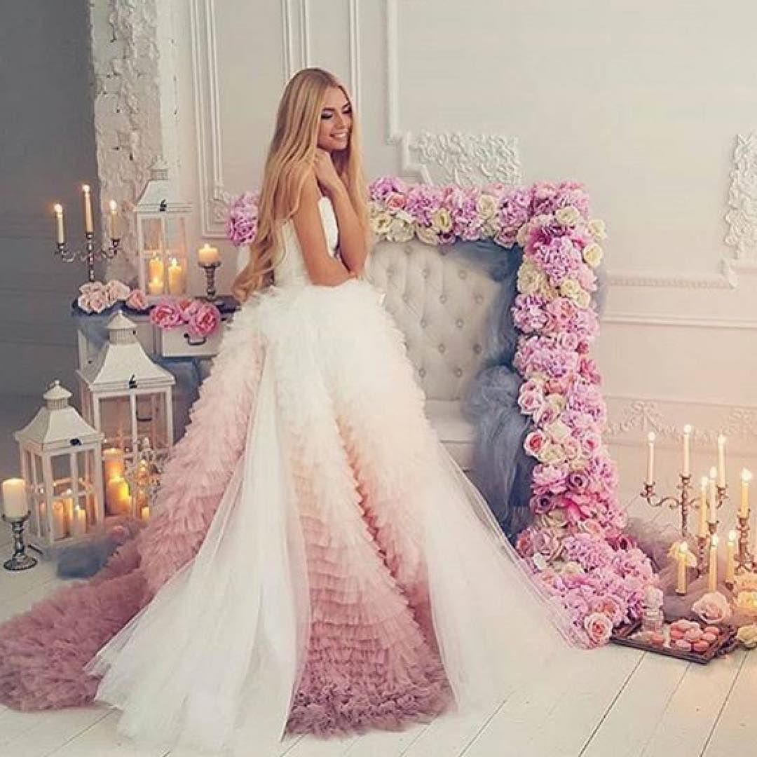 Yes Or No فاشن ستايل فاشينيستا السعودية الكويت البحرين تنسيقات عرايس عرائس مسكات كوش قا Wedding Dresses Dresses Pretty Dresses