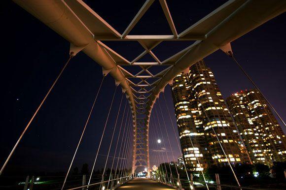 Bridge Architecture by pdechavez