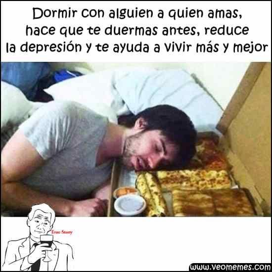 Memes Chistosos Para El Chat De Facebook Los Beneficios De Dormir Con Alguien A Quien Amas Memes Chistosisimos Chistoso Memes
