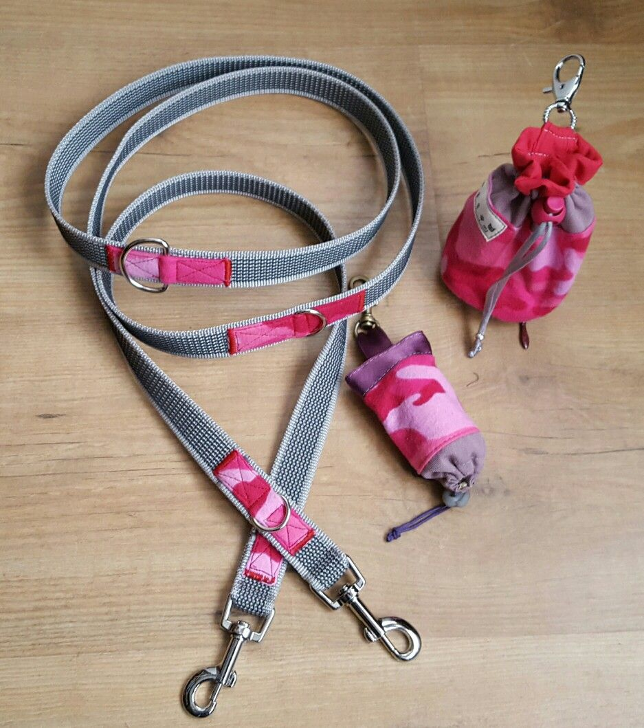 Dog kit: multiposition leash+ treat bag+ dispensar poop bag by Vanketa Artesanas.  Combo pink