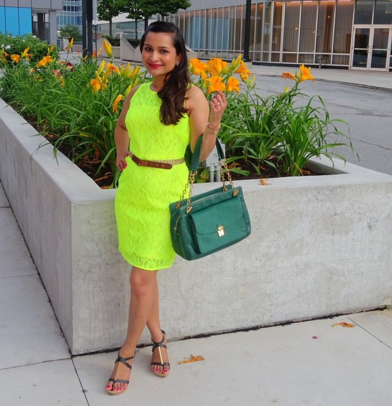 Neon Bright! – Five Foot Nothing Shopping – This gorgeous dress is on sale! Shop it now! J.Crew Neon Lace Shift Dress Lace dresses for me usually mean a wedding. I did however make this one mean date night! It's all about how you style it, this one is definitely dressed down J.Crew Belt I am wearing a simple, beautiful and bright J.Crew shift dress. This figure flattering dress is comfortable and best of all under $50! Dolce Vita Shoes Dressing this dress down was easy. I am wearing a...