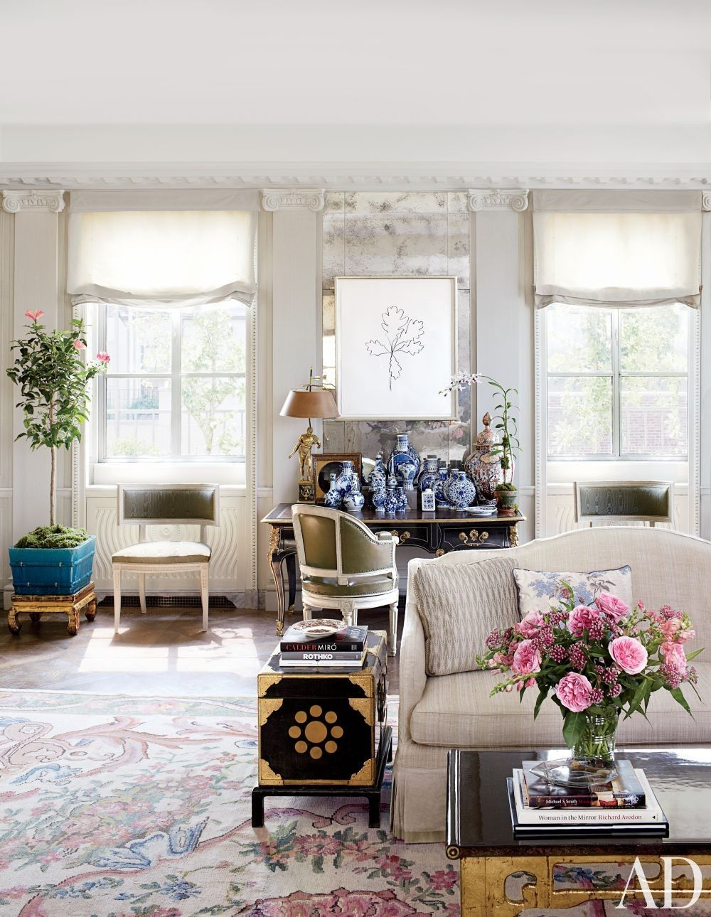 Traditional Living Room With Blue And White Chinese Pottery By