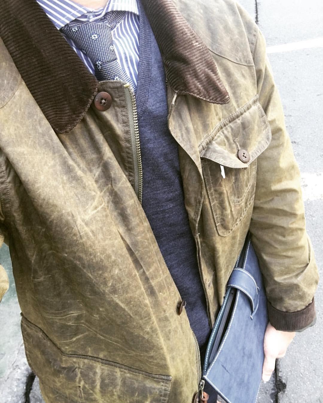 """좋아요 21개, 댓글 1개 - Instagram의 SONG'S LAW(@songslaw.kr)님: """"SONG'S LAW Leather. #songslaw #leather #ootd #wax #waxedjacket #오오티디 #데일리 #일상 #daily"""""""