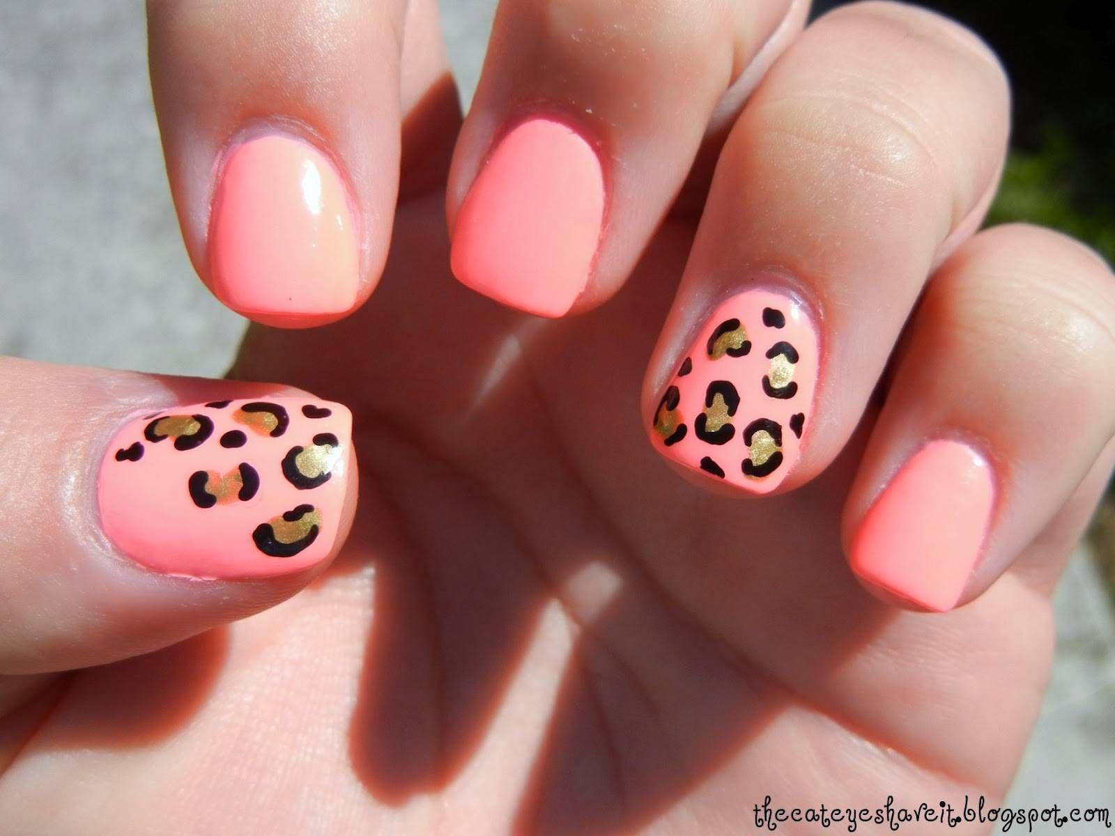 leopard print acrylic nail design